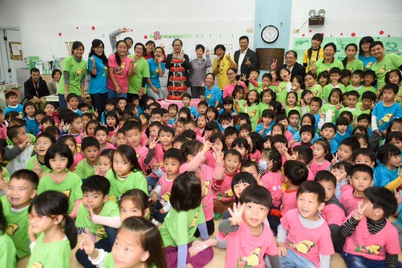 台北市長柯文哲昨(8)日赴民進黨團報告時表示,目前正在規劃公私協力夥伴園及拉近私立幼兒園學費差距案,總經費粗估達1.49億元。(資料照,台北市政府提供)