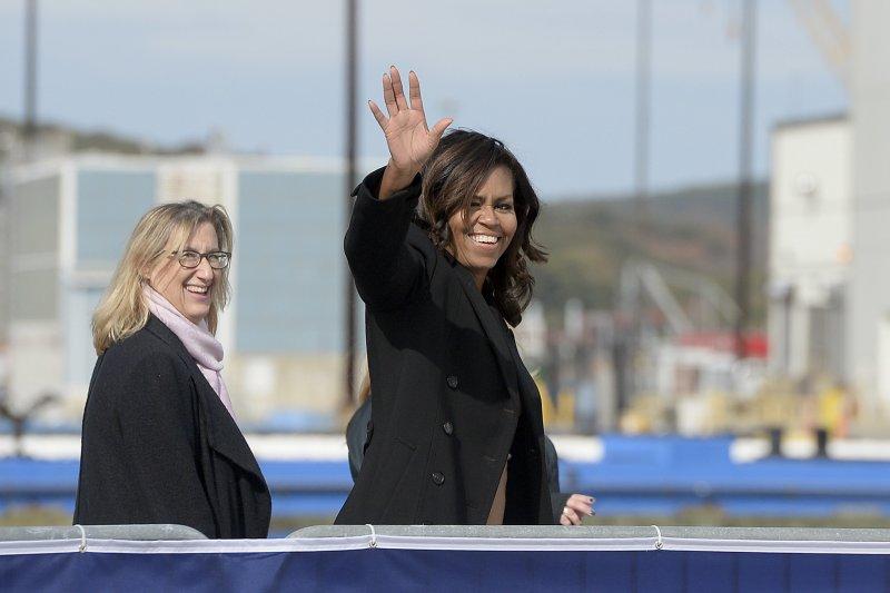美國網友力挺第一夫人蜜雪兒為民主黨披戰袍,在2020年從川普手中奪下白宮大位(美聯社)
