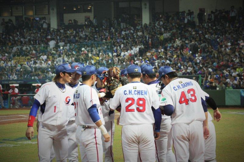 台灣參加國際賽的名稱一直受到民眾廣泛的討論,2020東京奧運「台灣正名」推進協議會,於14日在臉書發起「台灣正名」請願活動。(資料照,圖取自世界12強棒球錦標賽)
