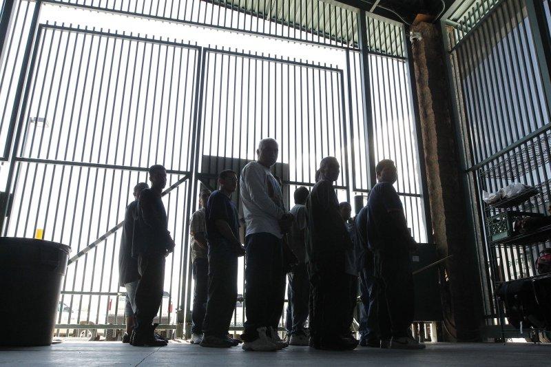 美國準總統川普有權力進行移民改革,並加速遣返非法移民(美聯社)
