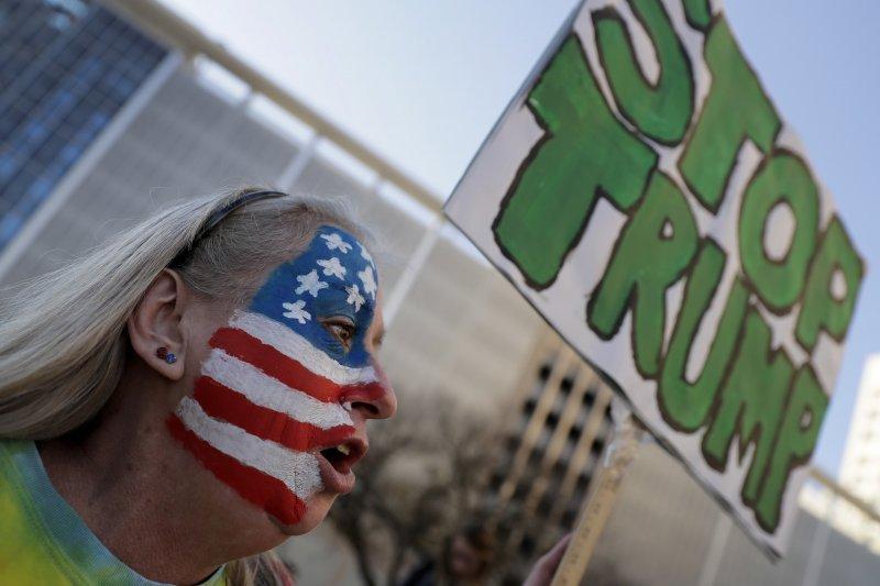 美國總統當選人川普(Donald Trump)從形象到政策都飽受爭議(AP)。