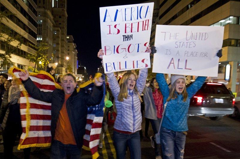 美國首都華府的反川普示威活動(美聯社)