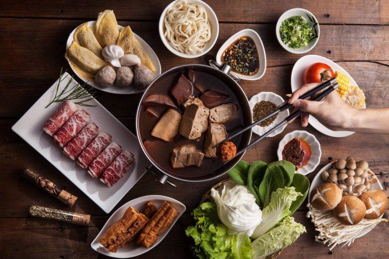 精選台北六家餐廳,讓你一個人吃飯不孤單。(圖/紅九九-個人麻辣火鍋@facebook)