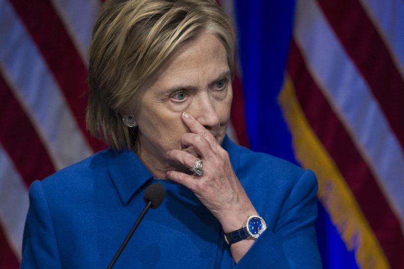 針對包庇犯下性騷擾的顧問,美國前國務卿希拉蕊稱,若能重來,會選擇解聘(美聯社)