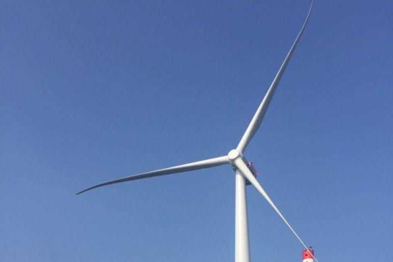 「當前迫切需要的,更在於如何解決離岸風電在前瞻基礎建設及5+2產業創新計畫中,其產業利益的在地化問題。」(取自經濟部)