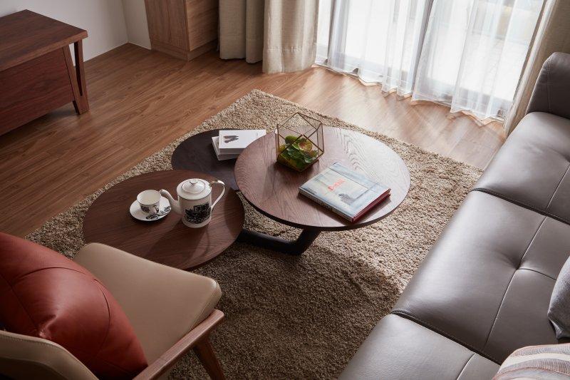 為家中添購一個適合的地毯,讓整個冬日都溫暖了起來。(圖/點一點設計提供)