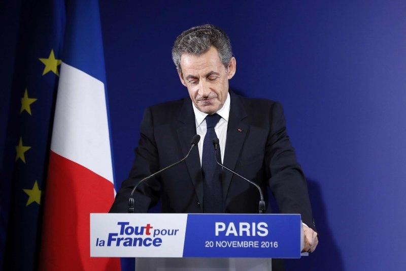 被戲稱為「亮晶晶總統」的前法國總統薩科齊在初選慘敗。(美聯社)