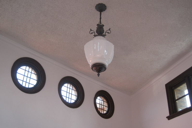 林百貨內的復古燈具(Pbdragonwang@Wikipedia / CC BY-SA 3.0)