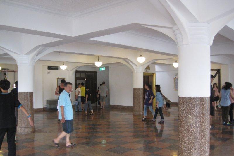 林百貨室內空間(Pbdragonwang@Wikipedia / CC BY-SA 3.0)