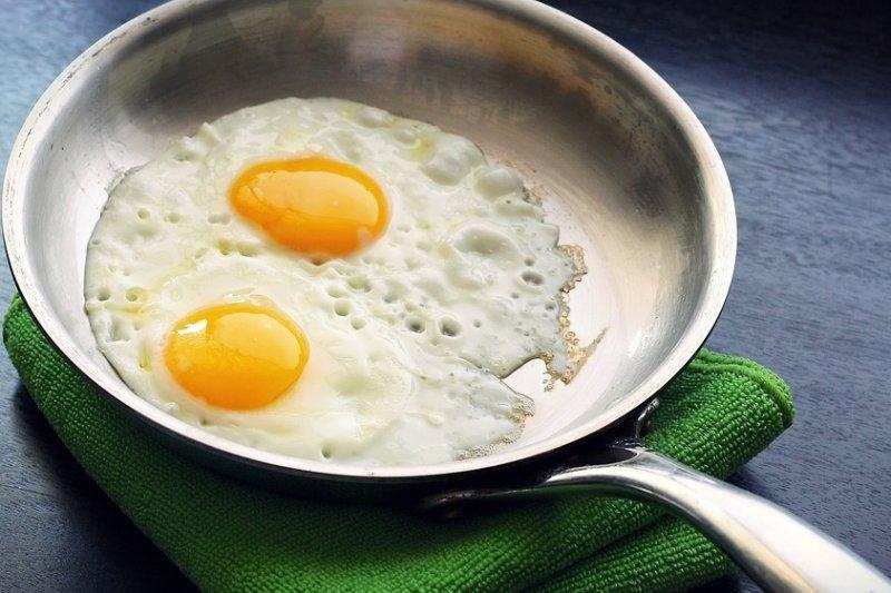 若一天只吃一顆蛋,對大腦或許是不小的損傷…(圖/ponce_photography@pixabay)