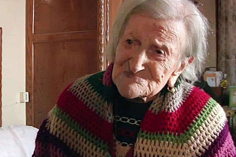 117歲老奶奶長壽秘訣,竟是每天吃蛋!(圖/AFP news agency@YOUTUBE)