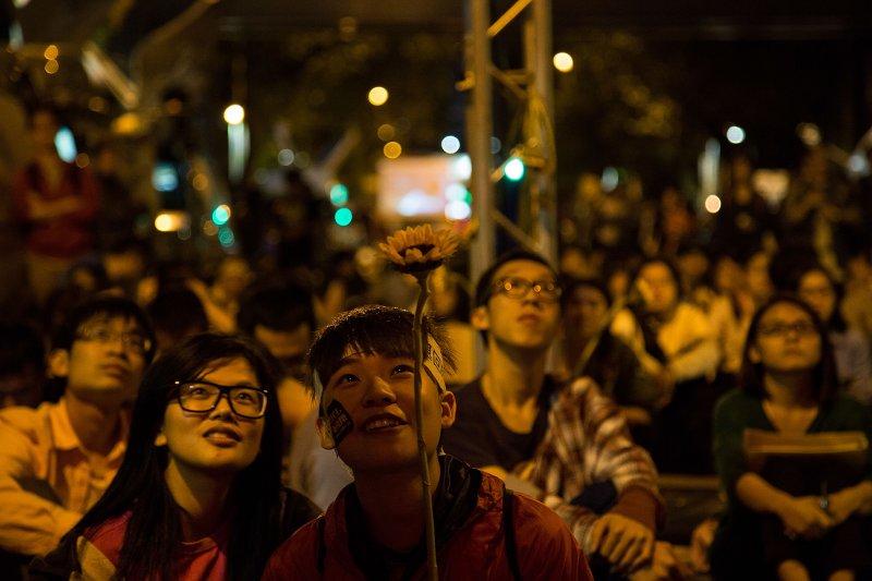 台灣青年在對於大陸的認識上,有著雙元特性:一是認識的物質層次與精神層面分而視之,二是將大陸人民與中共政權分而待之,深具參考價值。(圖/Getty Images)