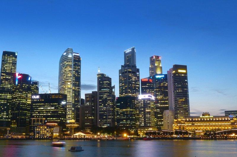 《AsianInvestor》為亞太區權威資產管理雜誌,國泰人壽是台灣唯一獲獎企業。(圖/cegoh@pixabay)