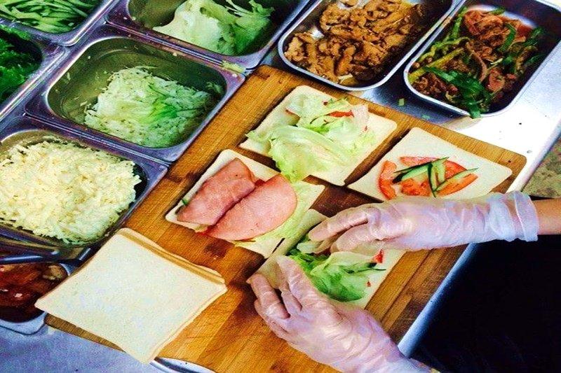 Matt因為不滿台灣的早餐店,投身創業打造與眾不同的早餐店。(圖/作者提供)