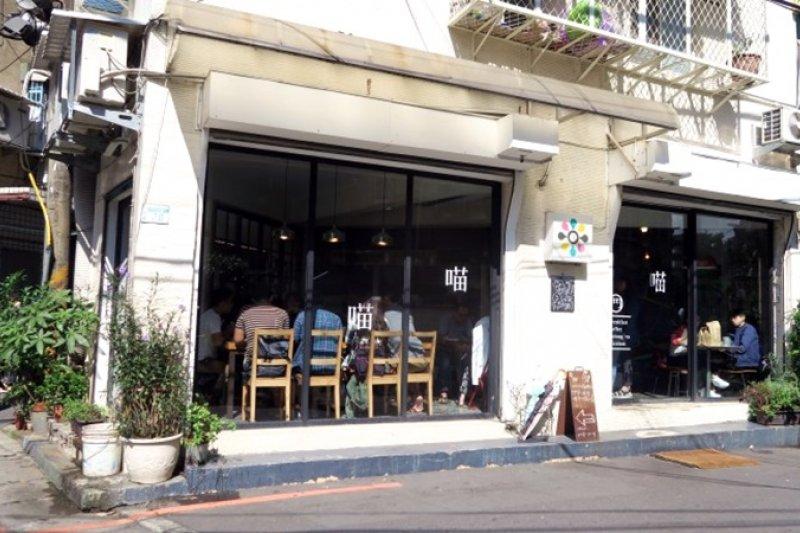 位於板橋江子翠的好初早餐,生意超好。(圖/作者提供)