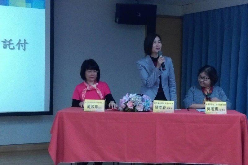 衛福部社家署副署長陳素春表示,未來會擴大居家服務的供給量,在台灣各地佈設日間照顧中心。(黃麒珈攝)