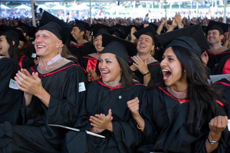 通識教育,不僅是獨立的單位,也有部定、校定的學分數可以靈活運用,安排所謂「真正的通識課程」。(資料照,圖/Stanford Graduate School of Business@facebook)