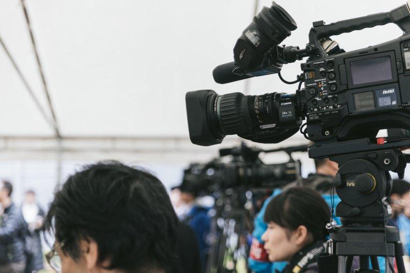台灣自由環境從未阻止人民去接觸任何國際消息,取得管道十分開放。(圖/pakutaso)