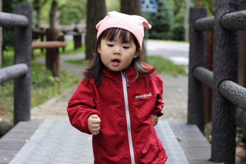 青春期是小孩快速長高的時期。為了幫助孩子發育,很多家長會讓他們服用轉骨方,但轉骨可是大有學問。(圖/MIKI Yoshihito@flickr)