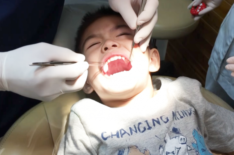 什麼中藥可以 治療 早洩 - 洗牙會害你牙齒酸軟、縫隙變大?網路瘋傳的「洗牙」4大迷思,醫師一次破解!