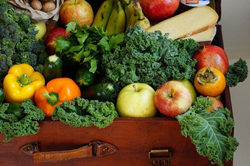 正確的清洗蔬果守則,讓你吃得更安心。(圖/domokus@Pixabay)