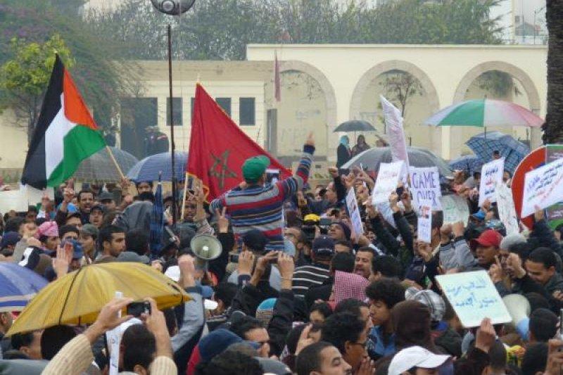 """2011年2月,""""阿拉伯之春""""席捲摩洛哥。(作者提供)"""