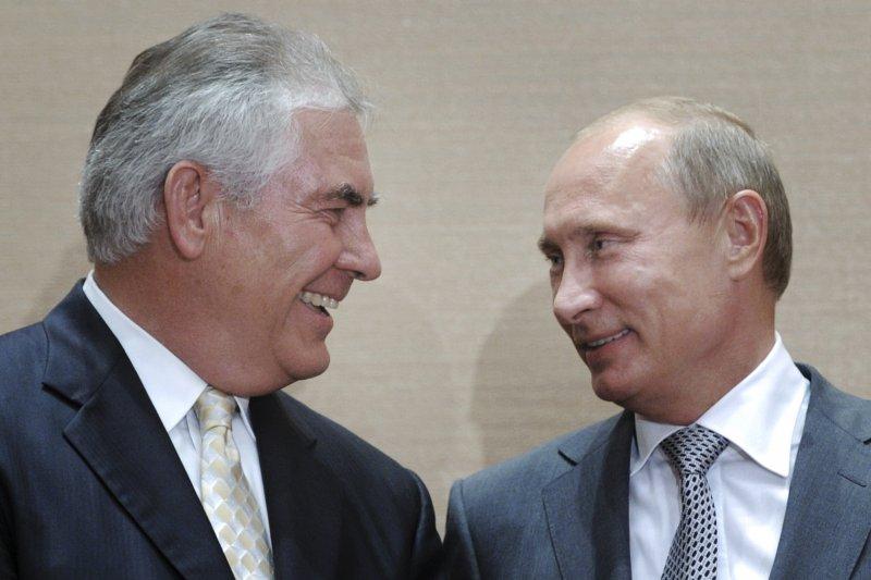 提勒森與普京是舊識,由於商務來往曾多次會面。(美聯社)