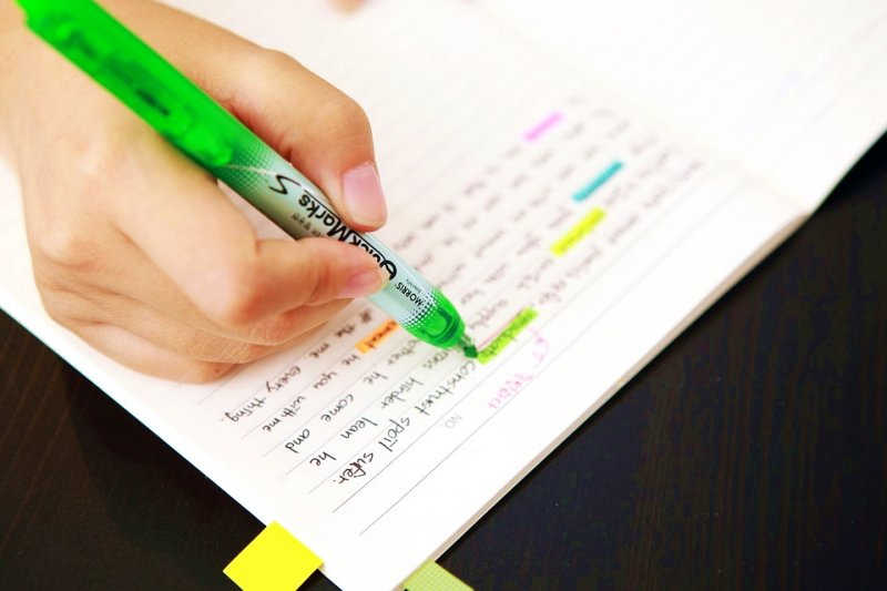常常覺得努力了卻仍得不到好成績?你可能只是用錯了讀書方法!(圖/pixabay)