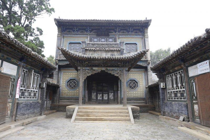 山西銘賢學校舊址:崇聖樓。(Zhangzhugang@Wikipedia/創用CC 姓名標示-相同方式分享 3.0)