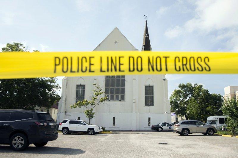 2015年6月17日美國南卡羅來納州教堂屠殺案的現場(AP)