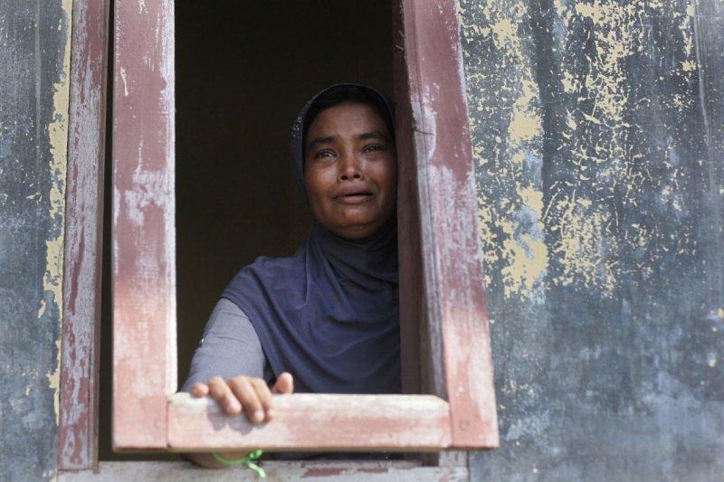 自從逃離緬甸執政當局「不能說的迫害」,暫時住在印尼難民營的羅興亞人(Rohingya),流浪成了他們活下去的最佳選擇。(AP)