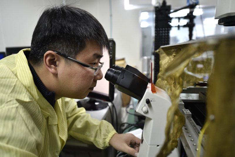 肉眼看不見的奈米機器人如何「PK」癌細胞?(新華社)