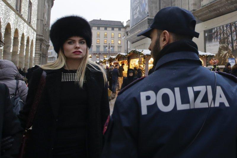 義大利警方也加強戒備,嚴防恐怖分子伺機而動。(美聯社)