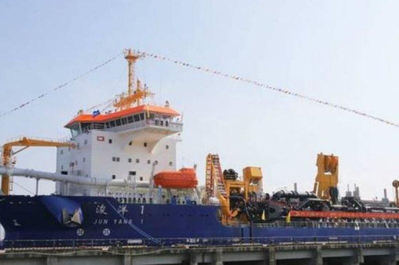 中交疏浚擁有世界最大的疏浚船。(BBC中文網)
