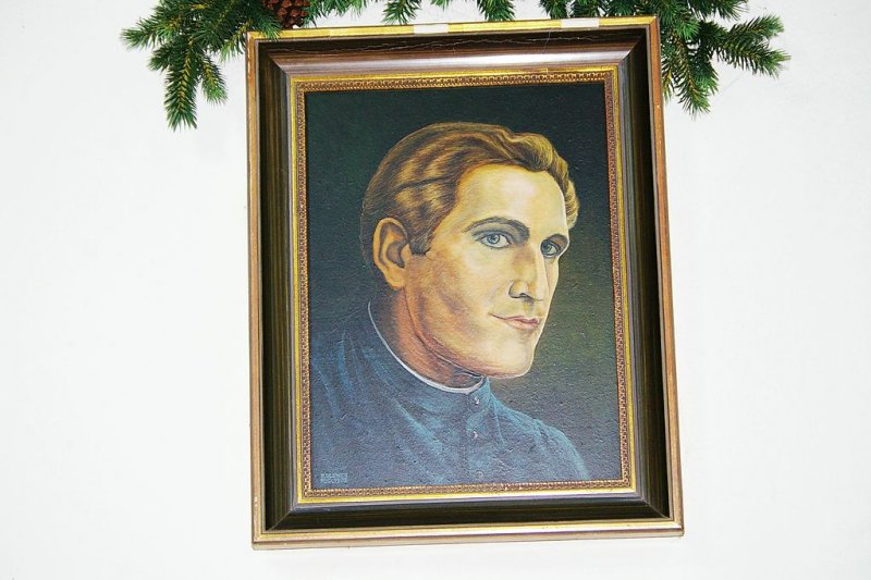 年輕牧師莫爾(Josef Mohr)的畫像。(wikipedia/public domain)