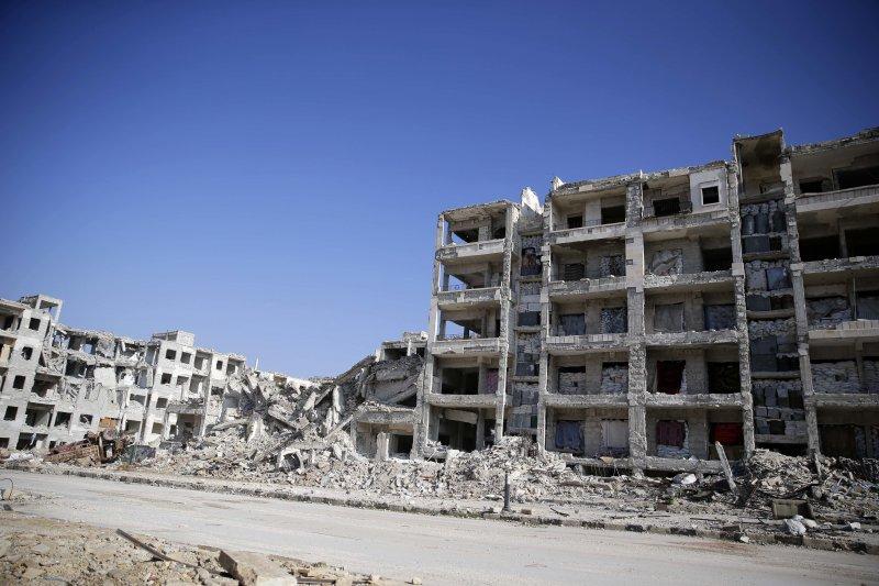 東阿勒坡遭轟炸後的廢墟(AP)