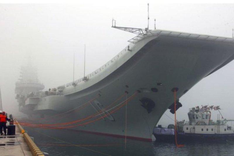 「遼寧號」船體由前蘇聯建造,是中國的第一艘航母。(圖取自BBC中文網)