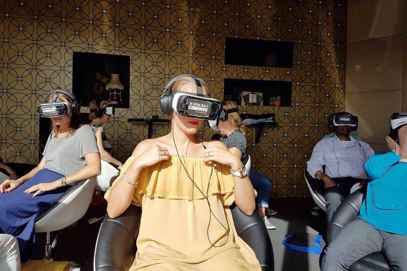 荷蘭阿姆斯特丹「VR電影院」(The VR Cinema Facebook)