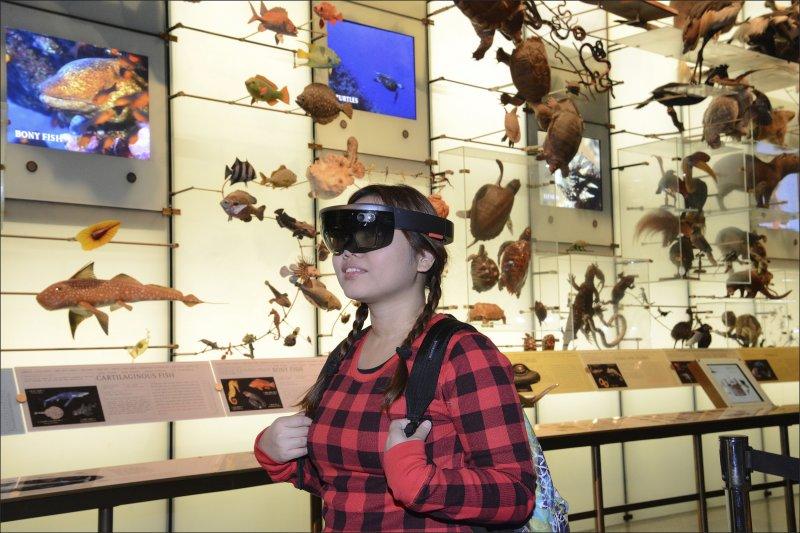 AR技術也蹦運用在博物館導覽上,讓參觀者更能身歷其境。(美聯社)