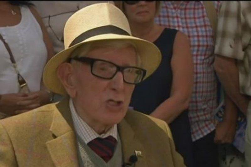 伍爾德里奇曾經在2014年BBC的古玩節目中回憶過自己的戰爭經歷。(BBC中文網)