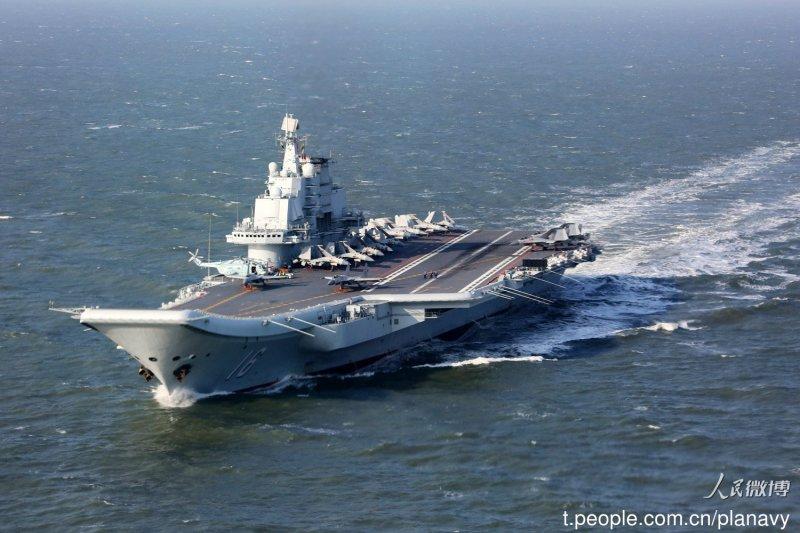 前解放軍海軍司令部中校姚誠27日表示,灰色地帶戰略沿襲自1980年代的封鎖戰略,實際上就是武統台灣的前奏。(資料照,取自中國海軍發布微博)
