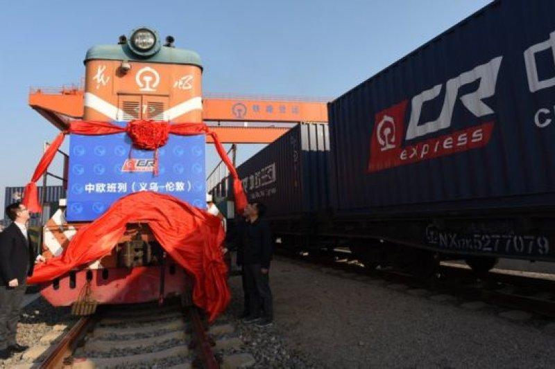 英方代理公司表示,新的貨運鐵路線顯示了兩國貿易關係的重要性。(BBC中文網)
