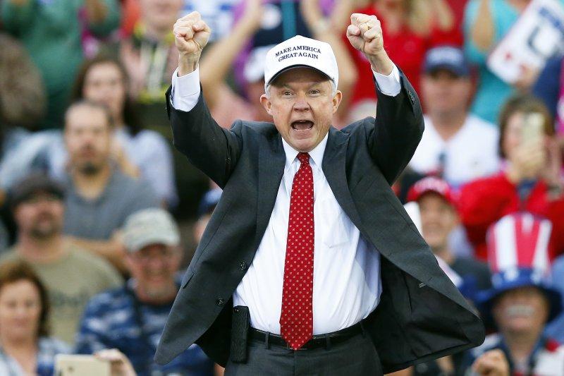 美國阿拉巴馬州聯邦參議員賽辛斯因有種族歧視前科,上千法界學者連署要求參議院封殺他的司法部長提名案(AP)