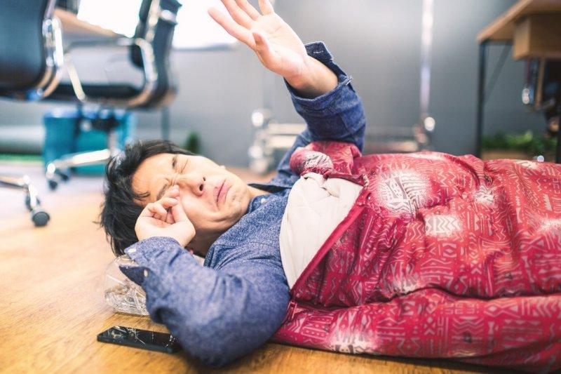 得到睡眠呼吸中止症,長期下來睡眠品質會變差,無法好好休息。(圖/Pakutaso)
