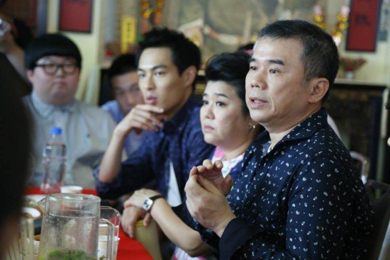 導演陳玉勳(右)5日發表聲明表示:「我從來就沒有台獨的理念,也不支持台獨。」(取自總舖師 Zone Pro Site臉書)