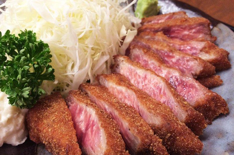 快加入東京必吃清單中!這5家超人氣「炸牛排」店,讓日本人大排長龍也甘願啊!-風傳媒