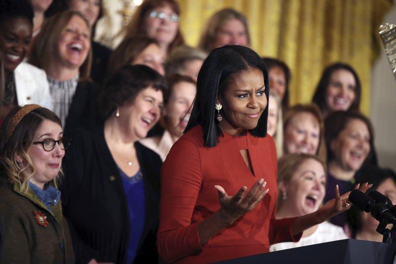 美國第一夫人蜜雪兒・歐巴馬6日在白宮東廳發表演說。(美聯社)