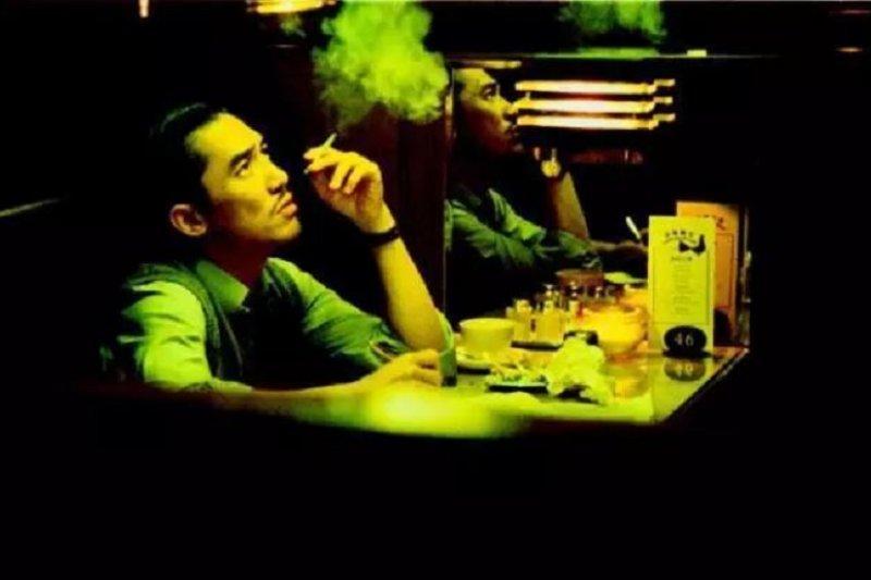 立法院三讀透過菸酒稅法,大幅調高菸稅。(吸菸有害健康/圖為電影劇照)