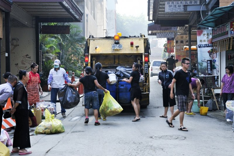 政府沒有說的祕密是,台灣的垃圾處理正面臨空前危機,全民皆無法迴避(示意圖/llee_wu@flickr)