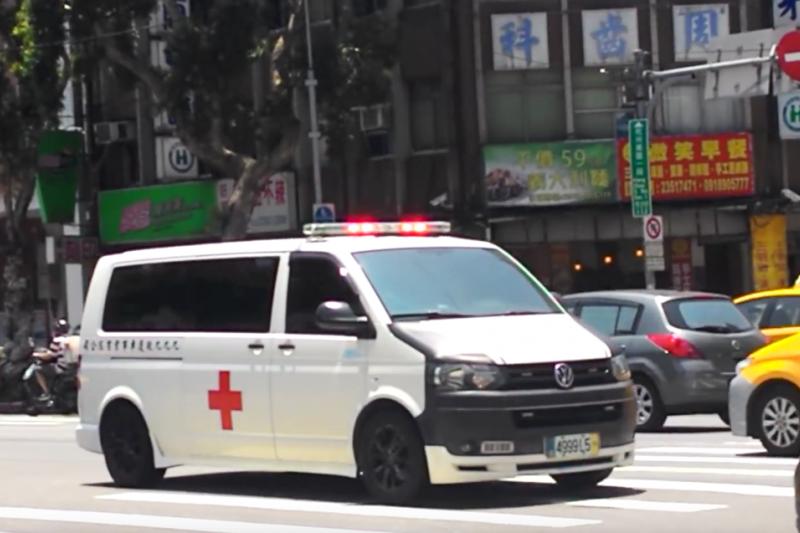 早洩 吃什麼藥好使 , 為何癱倒路上卻堅持不搭救護車?84歲老奶奶只回答一句話,卻感動現場所有人…